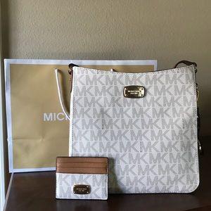 Offers Welcome! Michael Kors Jet Set Crossbody Bag